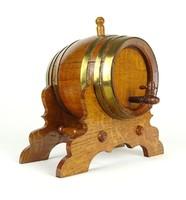 1A232 Régi fa kisméretű dísz boroshordó állványon