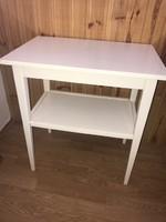 Régi fehér fa asztalka vintage asztal polcos virágtartónak is jó