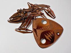 Iparművész halas nyaklánc rezezett alumínium