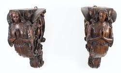 Angyalt ábrázoló faragott fa konzol párban