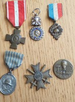 Külföldi jelvények,kitüntetések