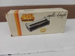 """Olasz """"MARCATO"""" márkájú géphez - cérna metélt vágó adapter."""