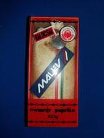 Régi utazó emlék MALÉV shopos kalocsai paprika dobozában 10 dkg a képek szerint