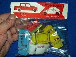 Retro trafikáru bazáráru műanyag játék autócsomag sok kisautóval bontatlan a képek szerint 1