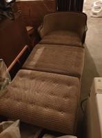 Régi szófa (kiságy, kanapé, antik, retró, klasszikus)