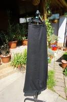 54-es nyárias fekete nadrág, alig használtan eladó.