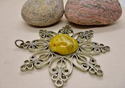 Csodálatos antik ezüstözött medál nagy valódi balti sárga borostyán kővel