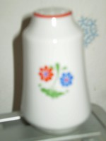 Fehér porcelánvirág mintás sószóró sótartó 8x5 cm hibátlan