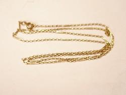 Különleges arany nyaklánc.