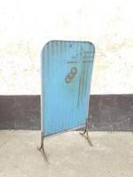 Bauhaus kályha hővédő festett lemez fém kályhaelő, hőfogó, bútorvédő