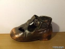 Régi, de nem antik bronzírozott baba cipő, babacipő, gyerek cipő