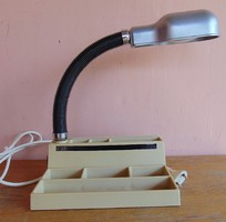 Retro gégecsöves íróasztal lámpa írószertartóval