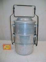 Retro alumínium ételhordó