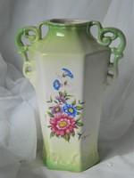 Magyaros fajansz váza, dísztárgy zöld, virágos, csikós