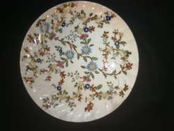 Zsolnay  tányér, családi jelzéssel