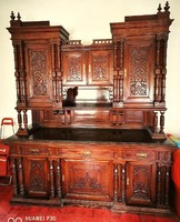 Ónémet stílusban készült ebédlőgarnitúra 1880-1890 ből.