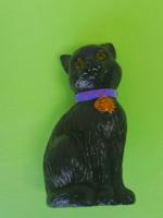 Retró trafikárú műanyag fekete macska szerencsehozó