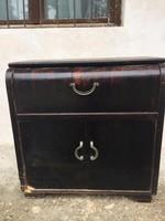 Réges régi zene szekrény Komód, kis lemezjátszóval