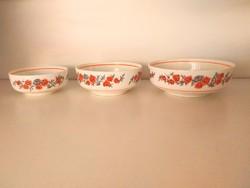 3 db Román porcelán tálka