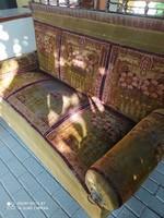 Ónémet kárpitos kanapé