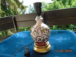 Szecessziós arany virágmintás kézzel festett porcelán asztali lámpa