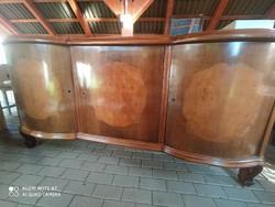 Neobarokk 3 ajtós nagy tálaló alsó része.
