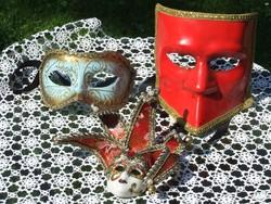 Velencei karneváli maszkok