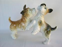 ENS porcelán kutya pár játszadozó kutyák