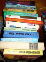 66 krimi, kaland, stb. bestsell - egy nagy ládányi könyv