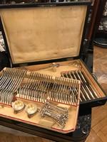 Ezüst 12 személyes hegedű fazonú evőeszköz készlet