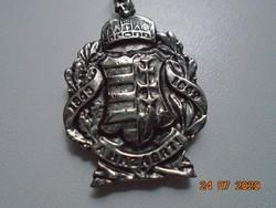 """Az 1848-as címerrel újszerű embléma """"A HAZÁÉRT"""" felírattal,kulcstartóval"""