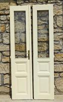 Antik nagy kétszárnyú ajtó csiszolt üveggel 220×50cm