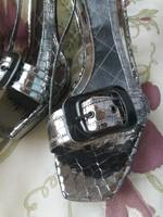 EZÜST bőr, olasz alkalmi cipő 39