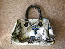 Műkígyó bőr :) női táska ridikül . Kígyóbőr utánzat műbőrből. Keresztes