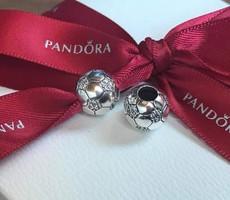 Eredeti Pandora Szikrázó focilabda ezüst charm