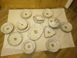 Herendi virágmintás porcelán étkészlet
