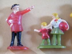 Régi makett figurák, emberek vasútmodellhez