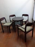 Art deco asztal 3 db székkel + 1 karfás székkel eladó!