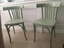 Felújított thonet székek