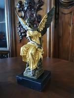 Pihenő arkangyal - aranyozott bronz szobor műtárgy