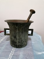 Ritka méretű antik réz mozsár 5.7 kg törővel