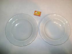 Két darab régi, fehér Zsolnay, vastag falú, domború mintás mély tányér, paraszt tányér