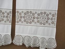Csodaszép kézzel hímzett függöny pár