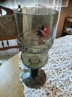 Hatalmas szürke pohár