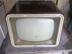 Tavasz retro televízió