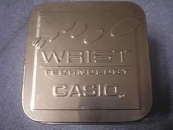 N3 Óradoboz  Fém Casio védjegyes  szép állapotú  ritkaság  7.5 x 8.5 cm eladó