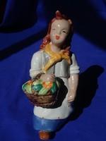 H. Ráhmer Mária : Lány virágkosárral