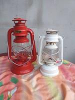 2 db petróleum lámpa