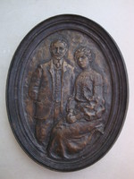 Kutas László: Házaspár portréja (Bronz falikép)