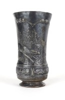 1B552 Antik dombordíszes őzikés vadász ónpohár alján évszámos 1809